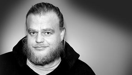 Simon Schulte · Art Director